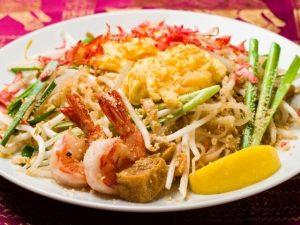 名古屋でのランチ、ディナーなどご飯利用におすすめタイ料理専門店「THAI FOOD・DINING マイペンライ 名駅店」で提供中の人気メニュー「パッタイ」の画像