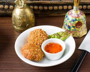 名古屋でのランチ、ディナーなどご飯利用におすすめタイ料理専門店「THAI FOOD・DINING マイペンライ 名駅店」でご提供中の「えびのすり身揚げ」の画像