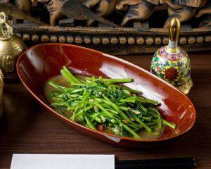 名古屋でのランチ、ディナーなどご飯利用におすすめタイ料理専門店「THAI FOOD・DINING マイペンライ 名駅店」でご提供中の「空心菜炒め」の画像